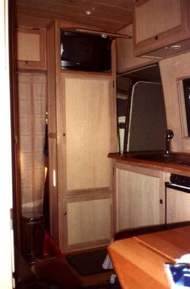 grundriss fidos 406 wohnmobil. Black Bedroom Furniture Sets. Home Design Ideas